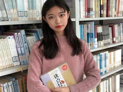 这名女大学生用汉绣带领314名留守妈妈居家就业
