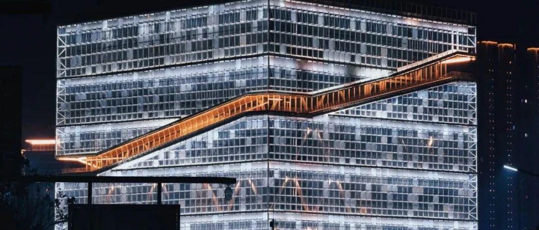 """全球最大的""""玉琮""""建筑,这一角度看,很震撼!"""