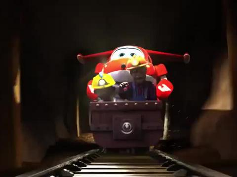 超级飞侠:矿车冲向悬崖,眼看就要掉下去,多亏了乐迪