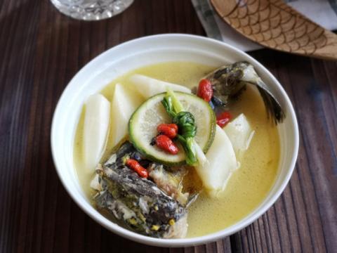 这个鱼肉嫩,加点山药炖汤味道很鲜美,儿子每周都要吃一次