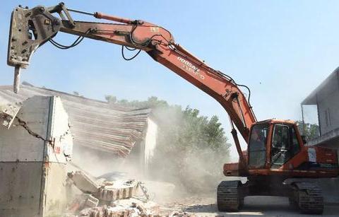 拆迁咨询:在房屋拆迁过程中,行政机关是否具有强拆权?