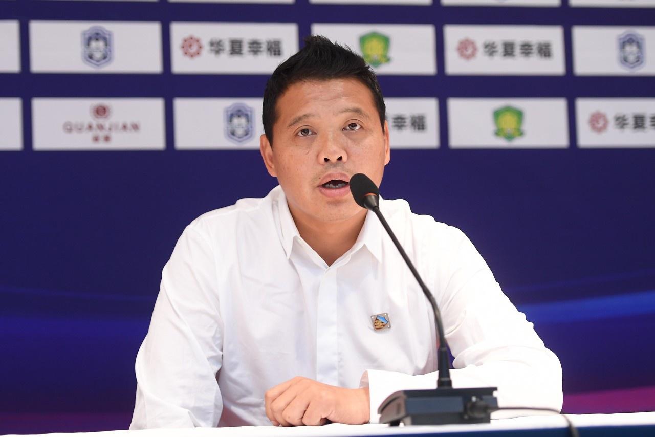 足球报:张效瑞竞聘U16国家队主教练,已进入面试环节