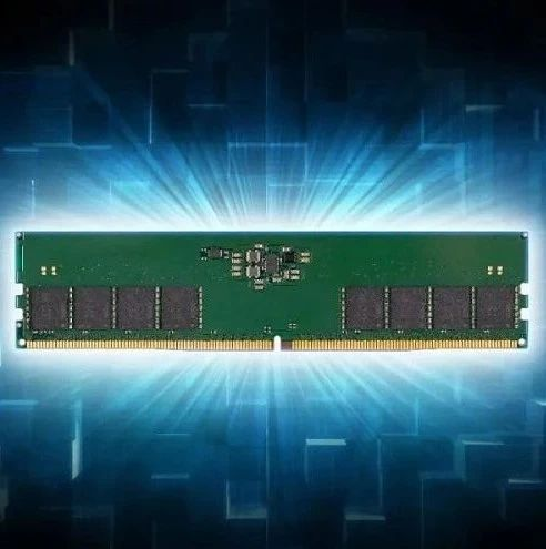 江波龙电子发布DDR5内存模组,并展示实测数据