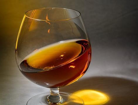 威士忌和干邑有什么区别?