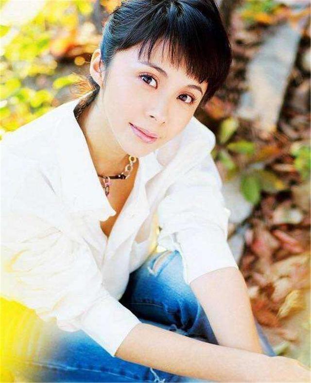 她当年气走刘威,转身却嫁给二婚的连奕名,杨若兮到底怎么想的?