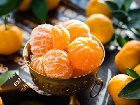 活血润燥,生津止渴,吃这种水果的好处可真多
