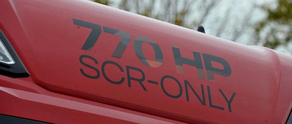 媒体试驾评测770马力斯堪尼亚S系牵引车,不敢大脚踩油门,怕飞起来!