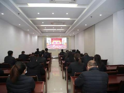 """新华区农信联社荣获""""平顶山市银行业服务实体经济标兵单位""""称号"""