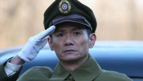 他是徐峥同学还是著名影帝,妻子在怀中去世,哀悼9年至今仍单身