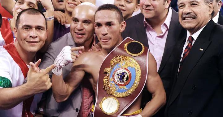埃斯特拉达团队表示,接受WBC的要求,愿意和冈萨雷斯打三番战