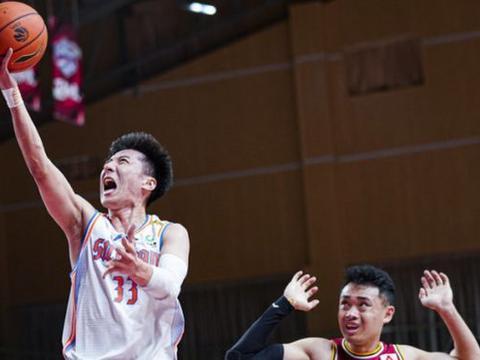韩硕百分百准星轰20+连送关键分 助四川锁定季后赛