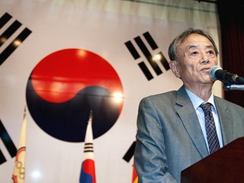 快讯 | 韩国棋坛巨匠金寅九段去世
