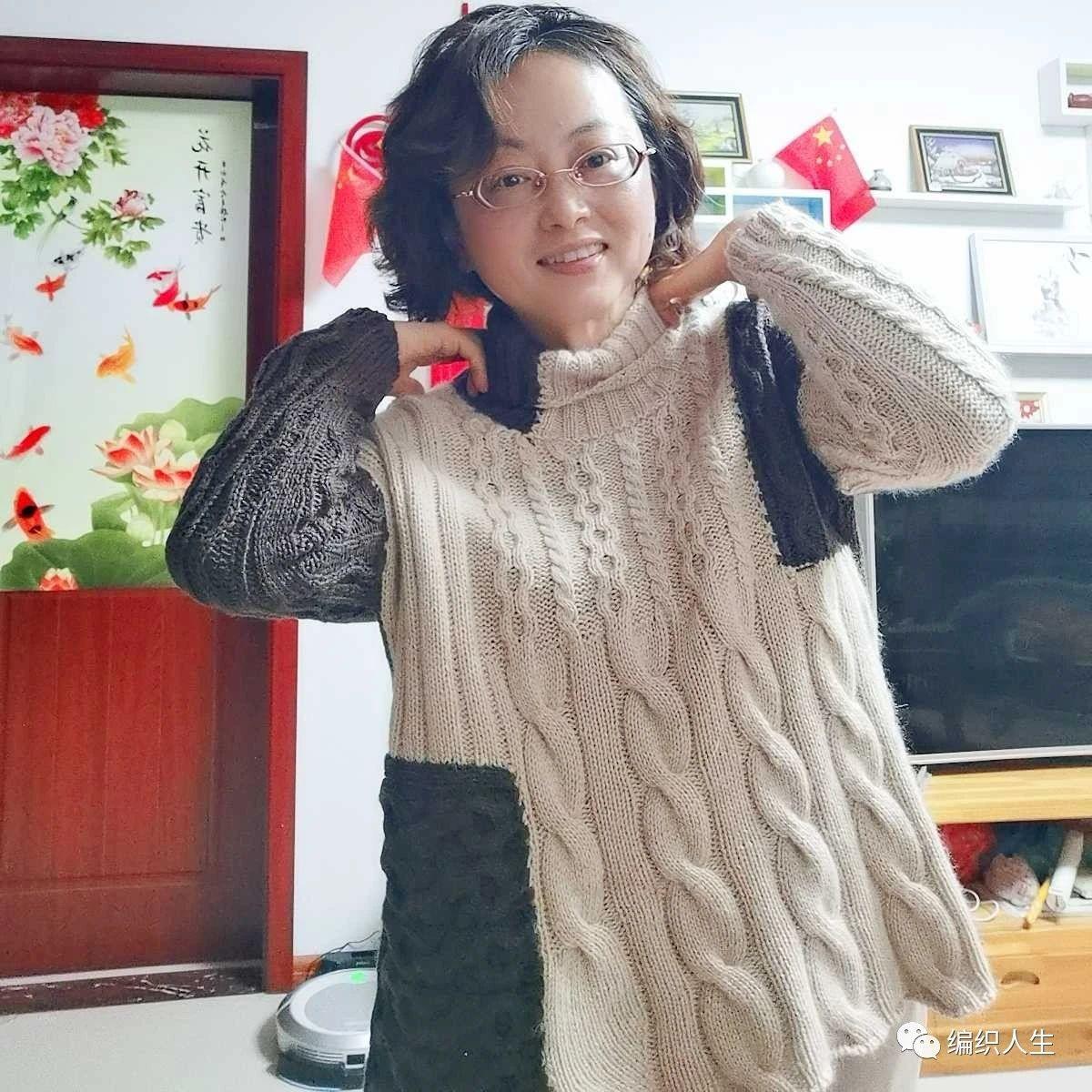 摩卡:女士高领拼色羊绒套头衫(有编织图解)