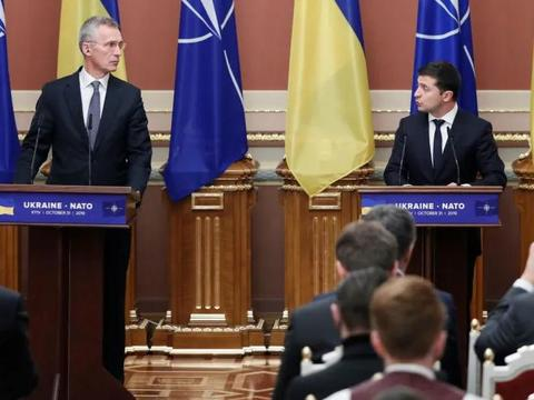 美国宁可给乌克兰大笔军援,也不支持其加入北约,究竟怕什么呢?