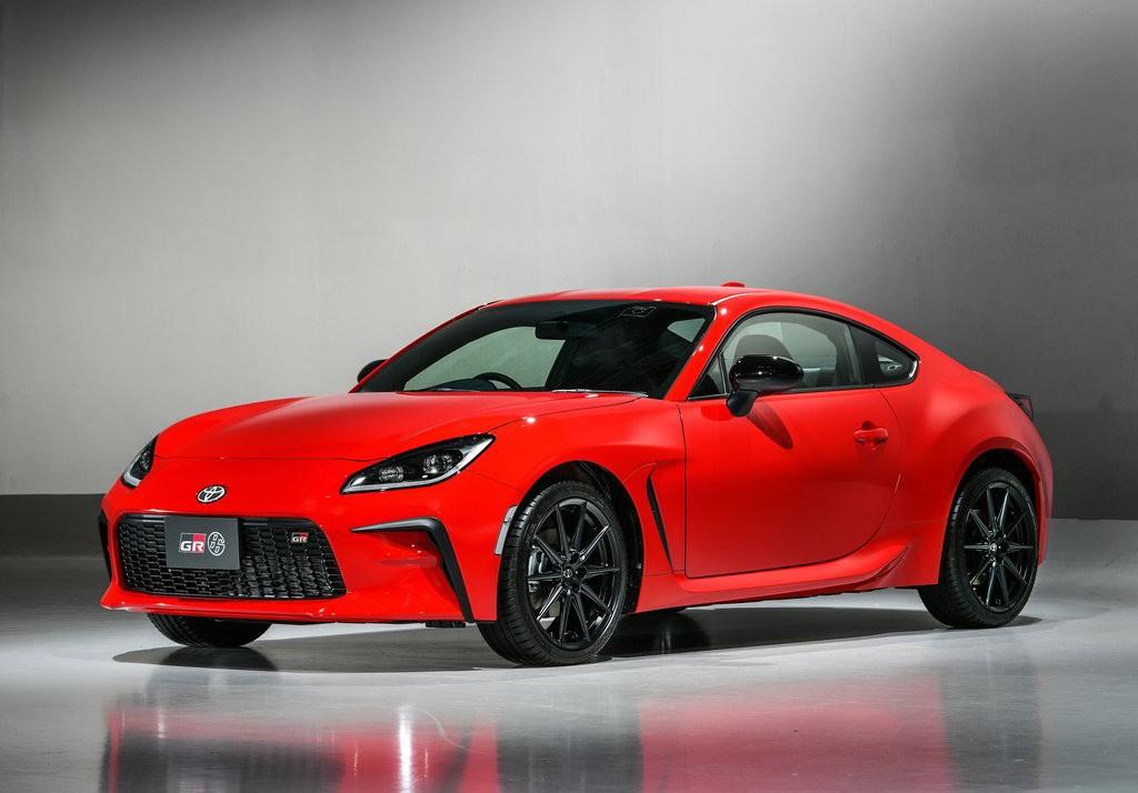 2022款丰田GR 86,年轻动感的造型设计,6.3秒可破百