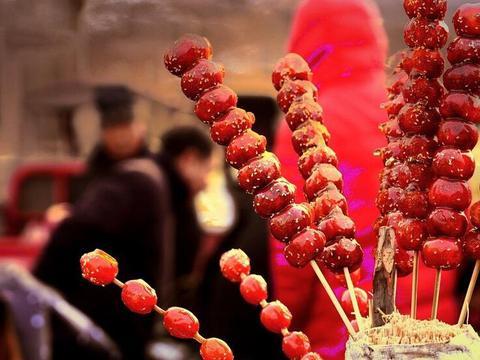 冰糖葫芦,原来是一个揭榜进宫的,江湖郎中做出来的,还真不知道