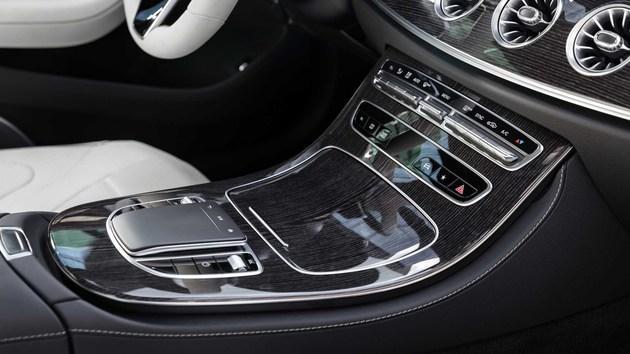 全新奔驰CLS官图发布,外观更运动,内饰配置升级