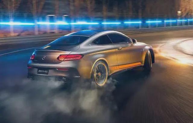 奔驰AMG C 63轿跑暗夜特别版上市:V8引擎最后嘶