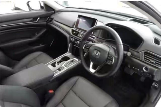 新款本田雅阁实车,细节部位升级,搭载2.0L引擎,网友:太帅了!