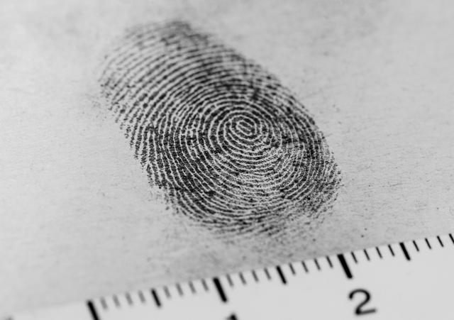 古代没有指纹识别技术,为何签字画押需要按手印?