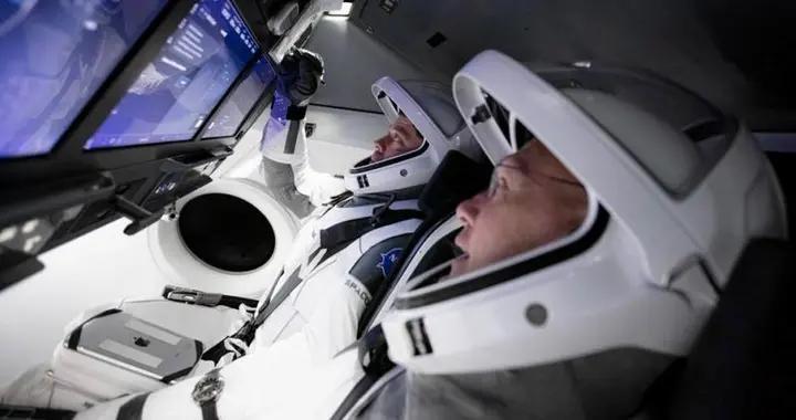 俄罗斯的埃隆·马斯克,研制七座飞船游太空,门票20万美元
