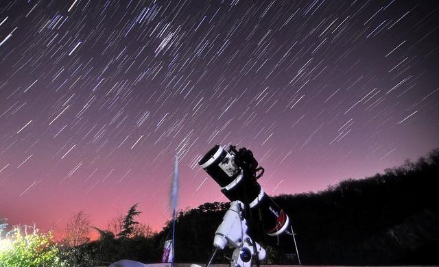 SCP-2838恒星转世,靠近它的人,那一刻变成的一道光