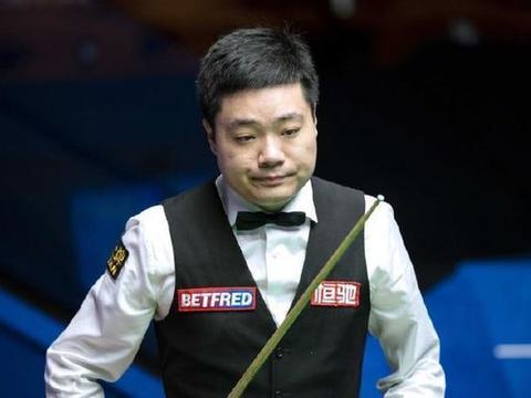 6名00后晋级,中国斯诺克迎来黄金时代,23岁小将淘汰台球皇帝