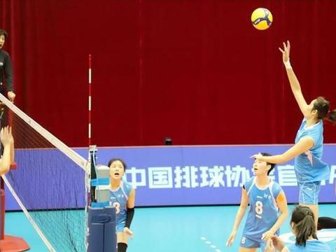 终于有朱婷全运预赛的直播,可惜河南女排3个19-25输给浙江