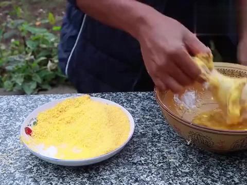 外面卖6元一个的炸鸡腿,在家做,外酥里嫩香辣味美