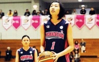 中国女篮的叛徒!国家队悉心栽培,她却装病离开加入日本国籍