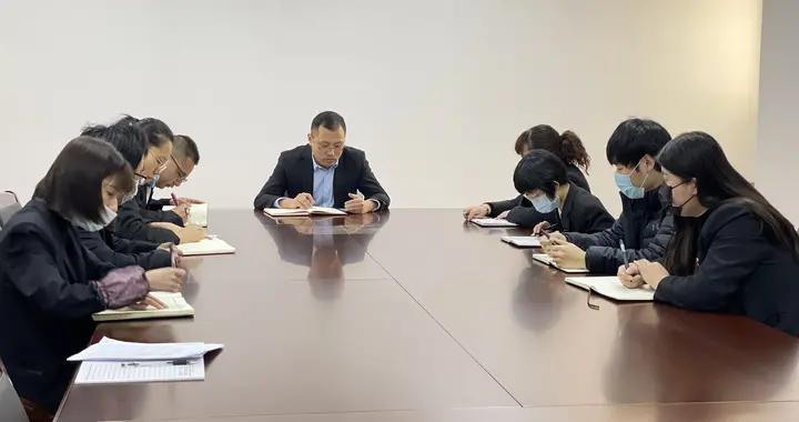 西安高陵法院:学先进 找差距 促提升——学习榜样精神 汲取前行的力量