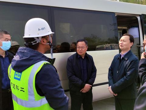 河南济源示范区管委会主任、市长石迎军赴纳米产业园项目调研