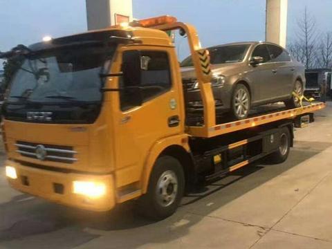 清明小长假在高速遇堵车,新能源车主欲哭无泪:买了一个麻烦!