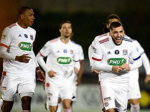 欧冠4强队拒绝爆冷,险胜丙级球队晋级,巴萨猎物破门