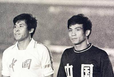 让二追四+黄向东世界波蔡锦标头槌,1981年世预赛国足双杀沙特