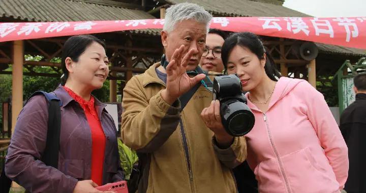 四川纳溪区现场教学培训乡土摄影创作员