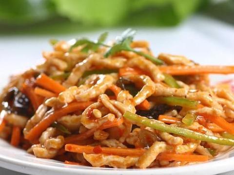 鱼香肉丝怎么做好吃?大厨教你详细教程,嫩滑入味超下饭,不油腻