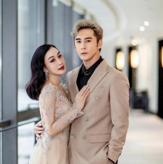 张伦硕娶了大自己12岁钟丽缇,如今童话爱情故事如今怎样了