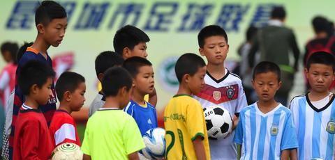 你了解八人制足球吗?常见阵型有5种 打法丰富多样