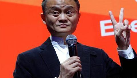 """黄峥41岁退休,刘强东选择""""低调"""",国内富豪为什么开始这样做?"""