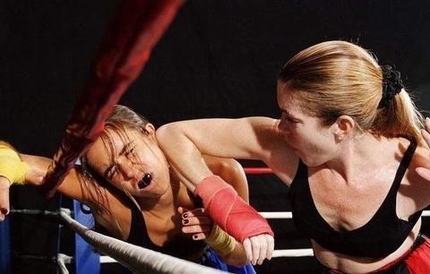 """泰拳拳手的必修课-肘击""""宁挨十拳,不接一肘!"""""""
