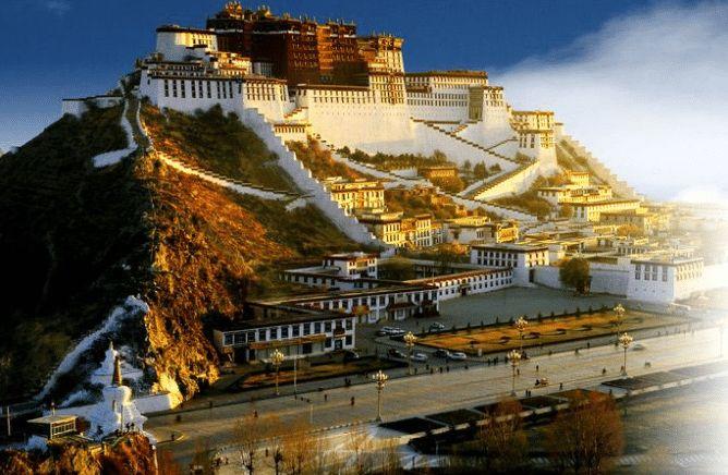 世界上一半的黄金在布达拉宫?为建这座宫殿,到底花了多少珠宝