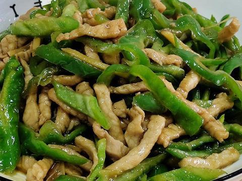 青椒肉丝怎么做才好吃呢?一个教程教你也能做出饭店里的味道