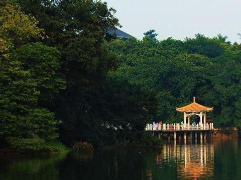 广州有处免费公园,亭台楼阁错落分布,还设有儿童乐园,值得前去