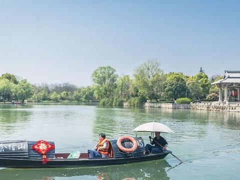 绍兴也有一座东湖,名气不输杭州西湖,是浙江三大名湖之一