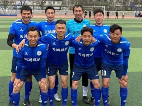 邵佳一徐云龙坐镇最强社区队决赛5-0大胜,将出战市级决赛