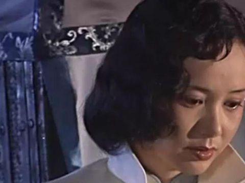 《大宅门》中的白玉婷那么爱万筱菊,为什么只能和照片结婚?