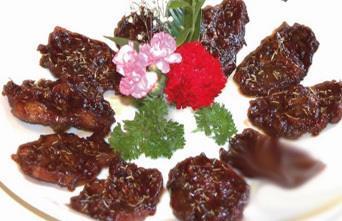 美食推荐:迭香普洱烤蝴蝶排、西施贝蓉豆腐、外婆香猪肉制作方法