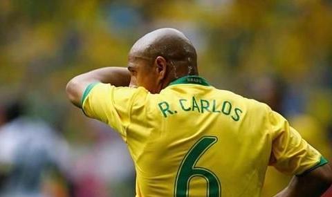 巅峰卡福跟卡洛斯 谁才是巴西足坛最好的后卫