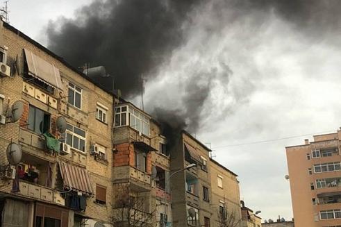 阿尔巴尼亚首都地拉那一车库发生火灾 未造成人员伤亡